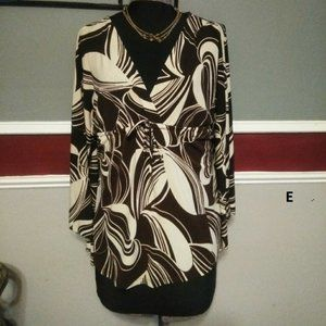 Lipstick size Large blouse bell sleeve brown